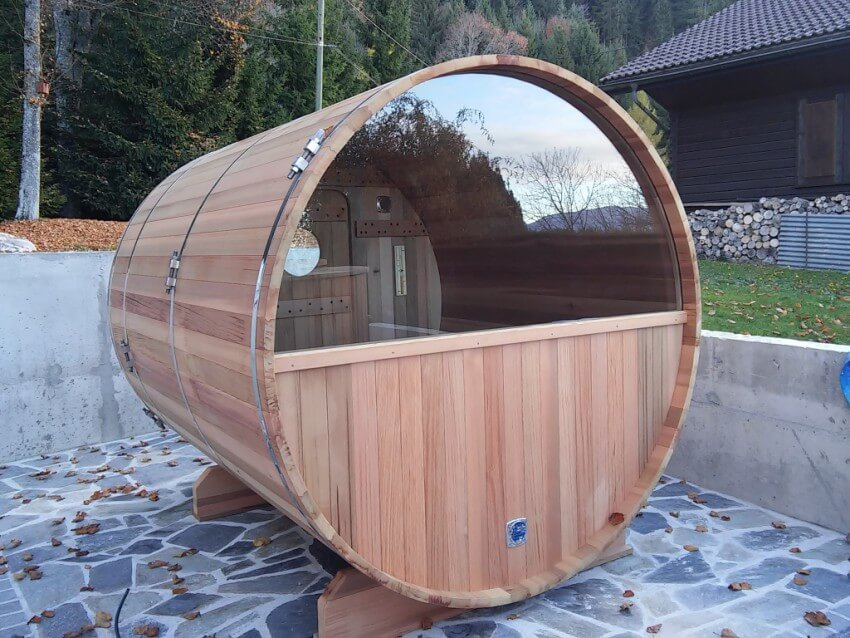 Sauna Moon red cedar