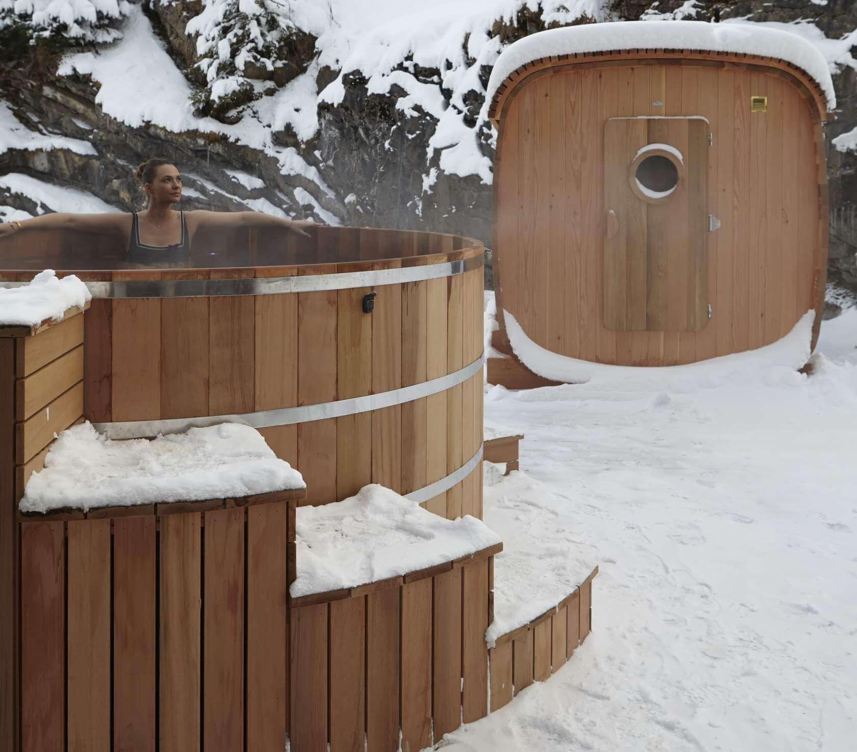 Spa bois et sauna bois dans un hôtel de luxe